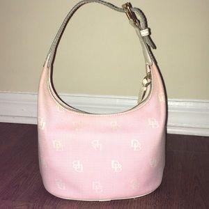 ❤️HP❤️ Pink Dooney & Bourke Hobo Bag